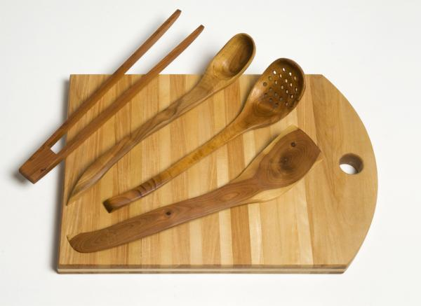 Wood Kitchen Equipment : How to care for your wooden kitchen utensils
